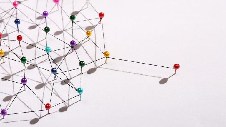 برای جذب مشتری جدید یک شبکه قدرتمند با سایر افراد ایجاد کنید