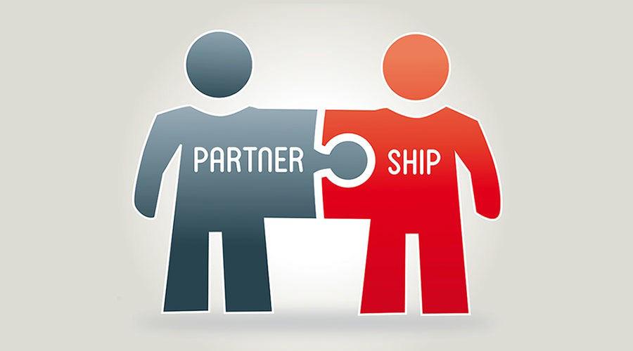 ایجاد اتحاد با شرکت های مکمل برای افزایش تعداد مشتری کسب و کار